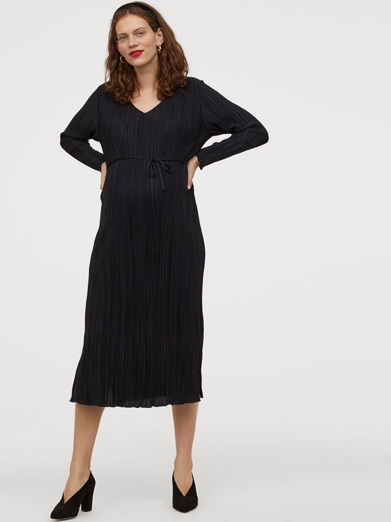 H&M pregnant outfit